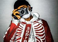 シュプリーム ジャケット 芸能人愛用アイテムは高く売れます! 画像