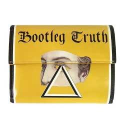 19SS UCW4C01-1 Bootleg Truth 3ツ折 レザー ウォレット イエロー系画像